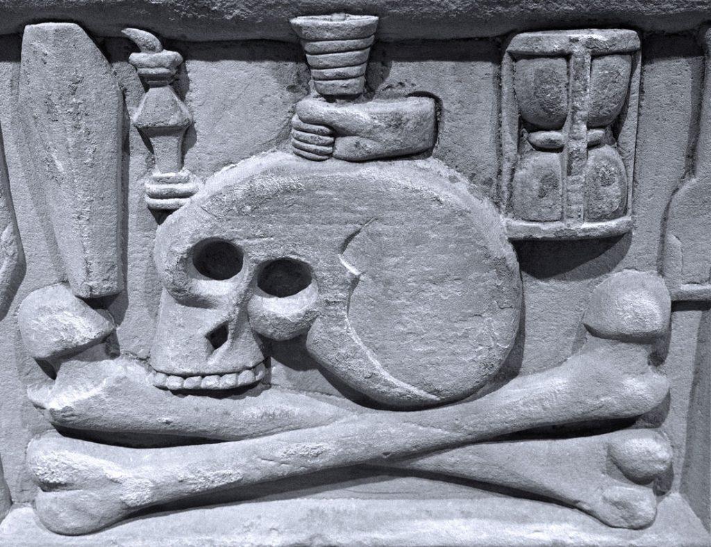 Tempus Fugit Memento Mori, St Magnus Cathedral